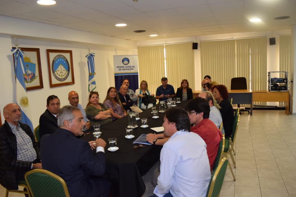 visita funcionarios uruguay sejun1