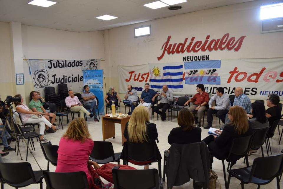 visita funcionarios uruguay sejun3