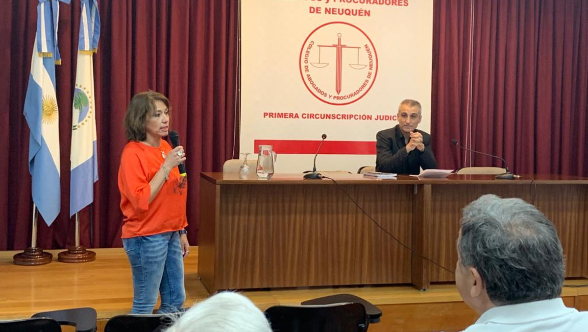 presentacion libro  Diego H. Piedrabuena1